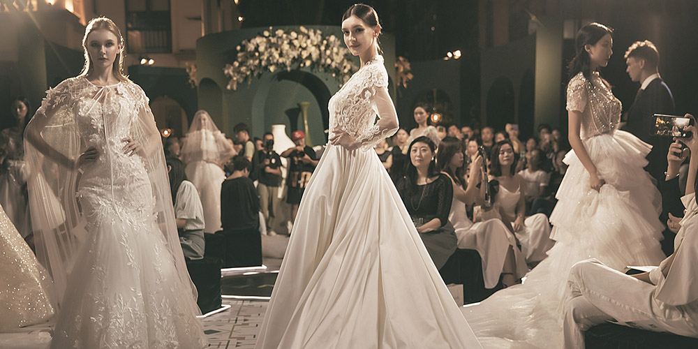 夜语梦镜 | 高级婚纱定制LA CAVA 2020 春夏新品发布会