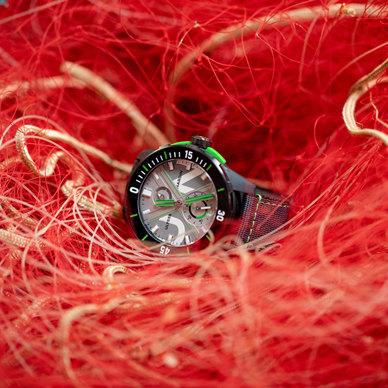 雅典表推出全新海洋概念腕表——DIVER NET腕表