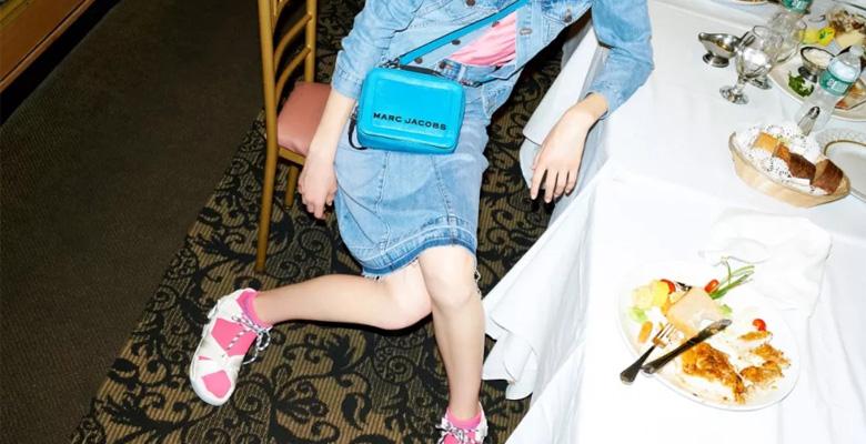 早春的喜悦就是:一只MARC JACOBS荧光色包袋