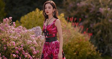 娜扎出席Alexander McQueen 2020春夏系列时装秀