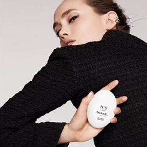 Chanel香奈儿限量五号之水护手霜与清新喷雾
