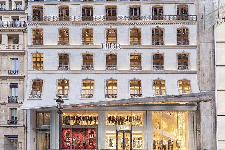 迪奥的巴黎之恋揭开崭新篇章