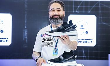 AAPE+ BY A BATHING APE® 全新鞋款首登Sneaker Con
